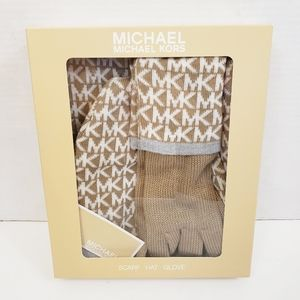 NIB Michael Kors Scarf Hat Gloves MK Logo Gift Set